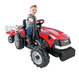 Peg Perego - Case IH Magnum Tractor Ride-On with Trailer  - Red
