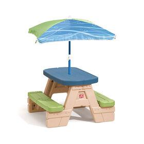 Step2 - Table de pique-nique Sit & Play avec parasol
