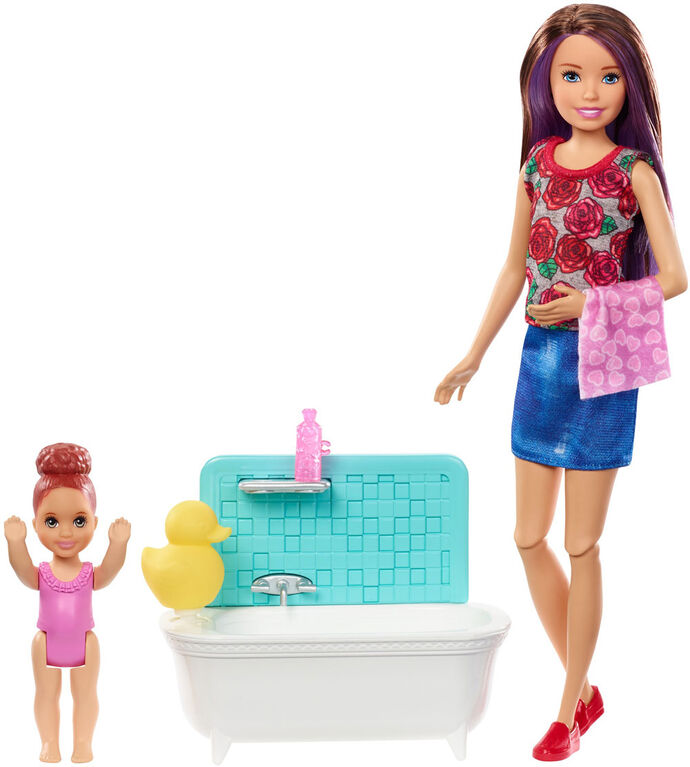 Barbie Skipper Babysitters Inc Dolls & Bath-Time Playset, Brown Hair With Red Shoes