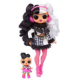 L.O.L. Surprise! O.M.G. Winter Disco Dollie Fashion Doll & Sister - English Edition