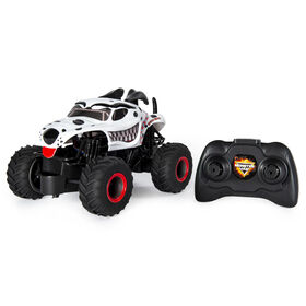Monster Jam, Official Monster Mutt Dalmatian Remote Control Monster Truck, 1:24 Scale, 2.4 GHz